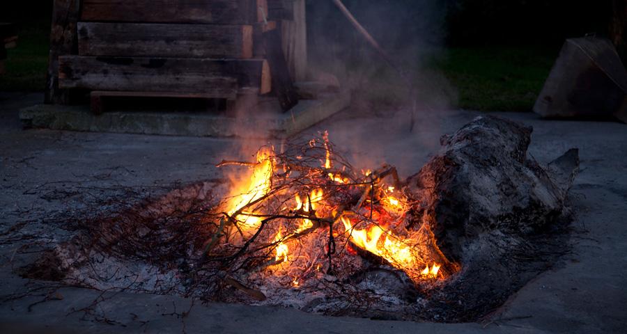 Lagerfeuer, Ferienhäuser Boddenperlen