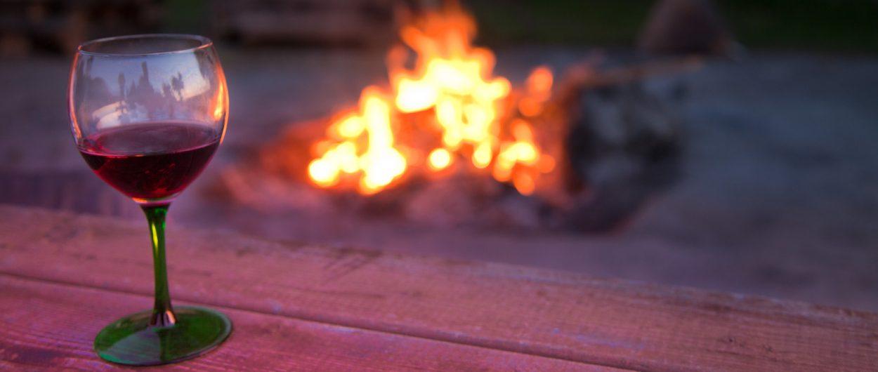 Lagerfeuer, Ferienhäuser Boddenperlen, Grundstück
